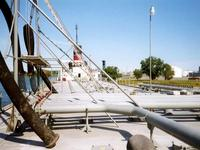 On deck, piping and hatch arrangment